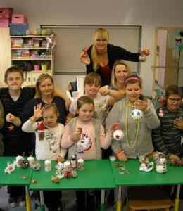 Bożonarodzeniowe ozdoby – zajęcia otwarte dla rodziców wzespole klasowym 5-6